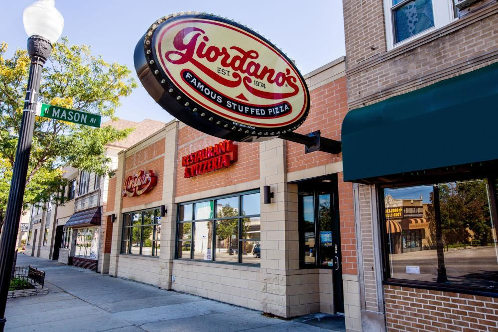 Best Pizza Place In Irving Park Il Giordano S